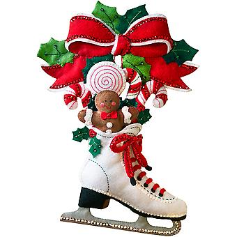 Holiday Skate Wall Hanging Felt Applique Kit-11