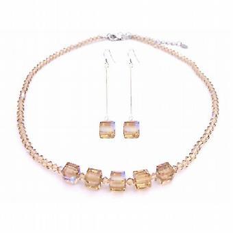 ... hjärta hänge Halsband Örhängen Smyckesset 169 kr. AB Golden Shadow  kristaller ljus   Dark kub kristaller handgjorda smycken 5e7faca73293a