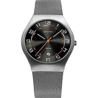 Bering watches mens watch titanium 11937-007