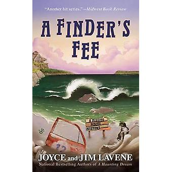 A Finder's Fee by Joyce And Jim Lavene - 9780425252314 Book