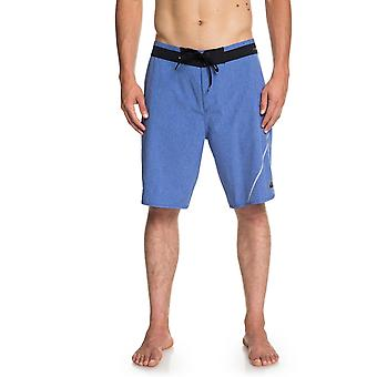Quiksilver Highline New Wave 20 Mid Length Boardshorts