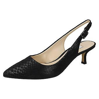 Ladies Clarks Kitten Heel Smart Shoes Aquifer Belle