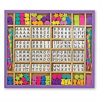 Melissa & Doug Wooden stringing Beads set