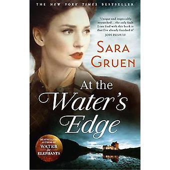 På Water's Edge av Sara Gruen - 9781473604735 bok