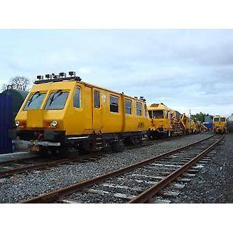 Railway Maintenance Vehicles And Eq - 9781445671710 Book