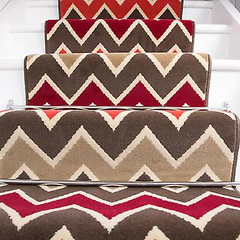 70cm bredde - moderne røde Zig Zag Chevron trappe tæppe