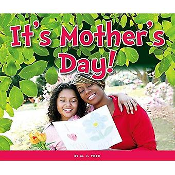 It's Mother's Day! (Welcome, Spring!)