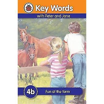 Fun at the Farm by W. Murray - Susan St. Louis - 9781409301202 Book