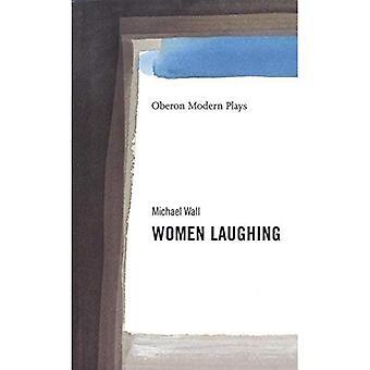 Kvinder griner