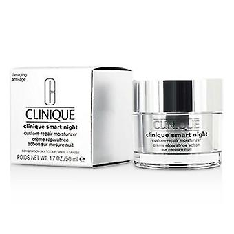 Clinique Smart Night Custom-Repair Moisturizer (Combination Oily to Oily) - 50ml/1.7oz