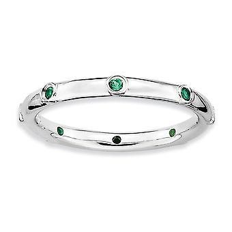 Sterling sølv Bezel poleret Rhodium-belagt stabelbare udtryk lavet smaragd Ring - ringstørrelse: 5-10