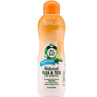 Tropiclean प्राकृतिक पिस्सू और टिक डॉग शैंपू प्लस सुखदायक