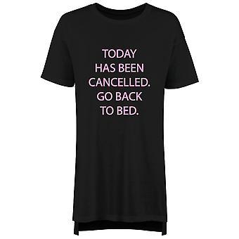 Heute wurde storniert zurück zum Bett Nachthemd