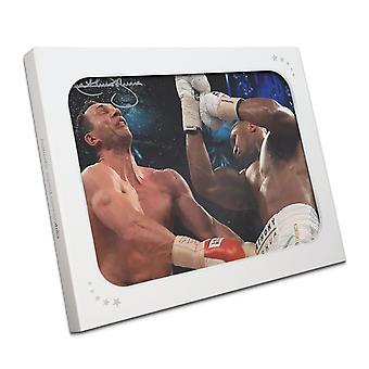 Anthony Joshua signert boksing Foto: Den Klitschko Uppercut (liggende) i gaveeske