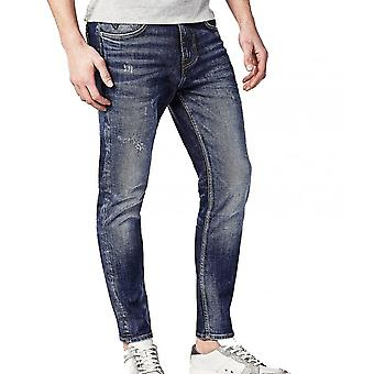 Guess Charlie Slim Fit Carrot Jeans In Vintage Wash
