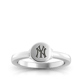 New York Yankees Yankees Logo Engraved Signet Ring