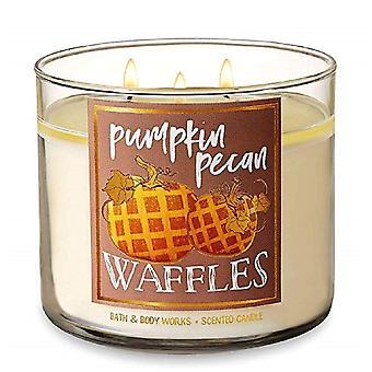 Bath & Body Works Pumpkin Pecan Waffles Scented Candle 14.5 oz / 411 g