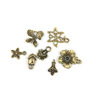 Packet 7 x Steampunk Bronze Tibetan 14-21mm Flower 1 Charm/Pendant Set ZX17105