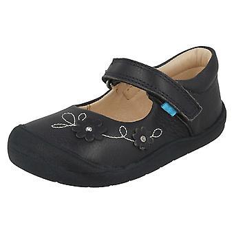 Girls Startrite Flower Design Casual Shoes Flex
