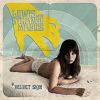 Lewis & den mærkelige magi - fløjl huden [Vinyl] USA importerer