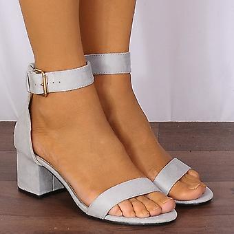 Shoe Closet Ladies Fr11a Light Grey Barely There Low Heeled Peep Toes Strappy Sandals