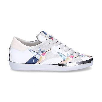 Philippe model women's CELDBG10 White leather of sneakers