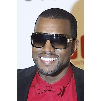 Kanye West im Ankunftsbereich für Takashi Murakami Ausstellungseröffnung ehrt Louis Vuitton künstlerischer Direktor Marc Jacobs Geffen Contemporary im Moca Los Angeles Ca 28. Oktober 2007 Foto von Jared MilgrimE