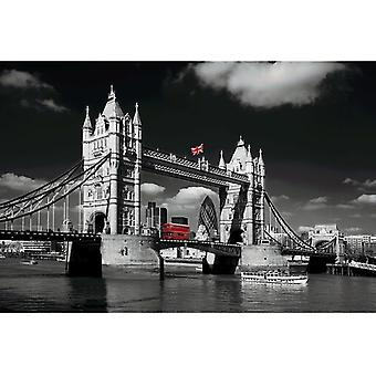 Gifts with Style Tower Bridge Photo Print