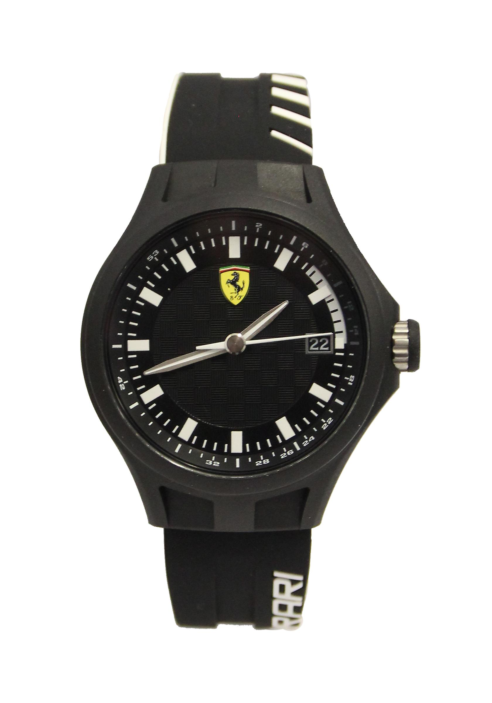 Waooh - Watch Scuderia Ferrari pit crew