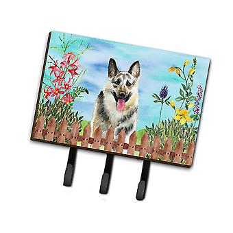 Osteuropäischer Schäferhund Frühjahr Leine oder Schlüsselhalter
