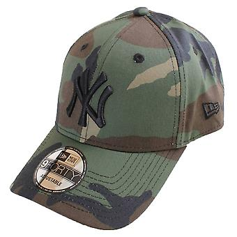 Neue Ära 9FORTY League wesentlichen New York Yankees Cap - Woodland Camo