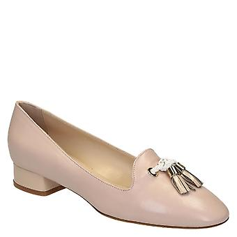 Women's nude leather loafers with tassels shoes