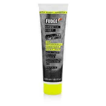 Fudge Smooth Shot Shampoo (For Noticeably Smoother Shiny Hair) - 300ml/10.1oz