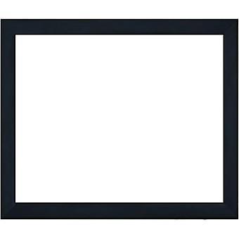 Treramme i svart, indre dimensjoner 40 x 50 cm
