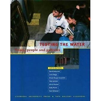 Test de l'eau: jeunes et galeries