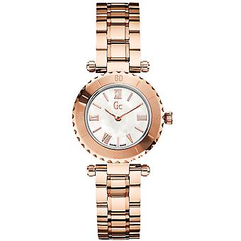 R.gc mini rose Swiss Quartz Analog Women's Watch with Stainless Steel Bracelet in Gold Plated X70020L1S