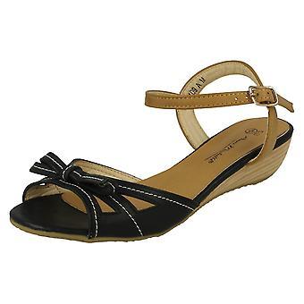 Dames Anne Michelle Open teen Bow Detail sandalen