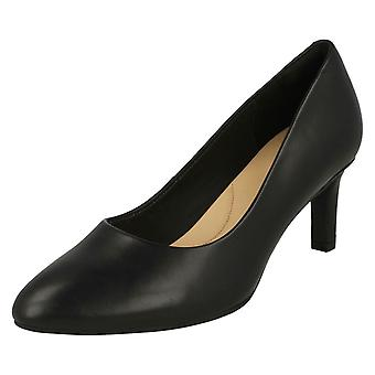 Ladies Clarks Textured Court Shoes Calla Rose - Black Smooth Leather - UK Size 5.5D - EU Size 39 - US Size 8M
