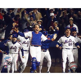 Catcher Gary Carter #8 leads the cheers as the New York Mets celebrate defeating the Boston Red Sox in Game Seven of the 1986 World Series at Shea Stadium on October 271986 The Mets defeated the Red S