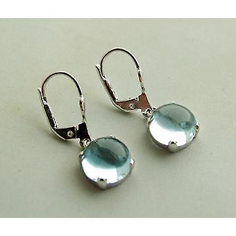 White gold earrings with Topaz