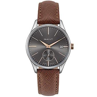GANT elegant watch for men made of mineral glass silver