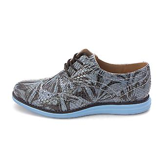 Cole Haan Womens Dominiquesam Low Top Lace Up Fashion Sneakers