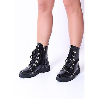 Lace up zip detalhe patente combate tornozelo botas pretas