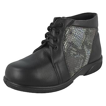 Ladies Easy B Casual Boots With Snake Skin Detail Donna