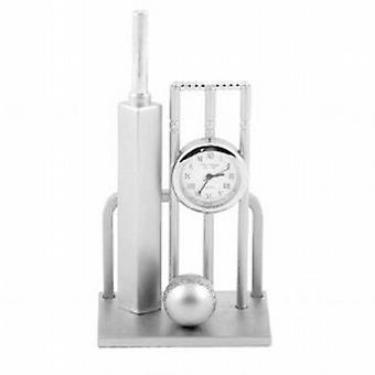 Miniature Cricket Bat  Ball and Wickets Novelty Collectors Clock 0182
