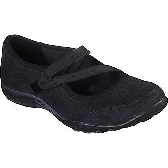 Skechers Womens Breathe-Easy Brushed Slip On Mary Jane Shoes