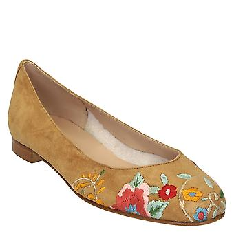 Amber suede leather ballet flats with floral embroidery
