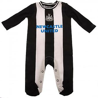 Newcastle United Sleepsuit 0/3 mths RT