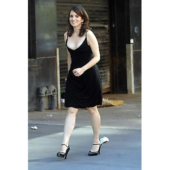 Tina Fey On Location For Entetainment Weekly Photoshoot To Promote 30 Rock Meatpacking District New York Ny August 11 2007 Photo By George TaylorEverett Collection Celebrity