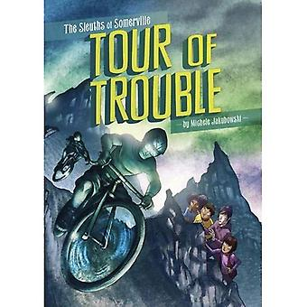 Tour of Trouble (The Sleuths of Somerville: The Sleuths of Somerville)